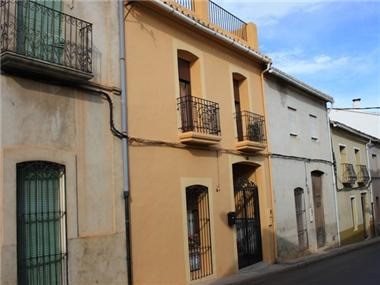 Townhouse for sale in Orba