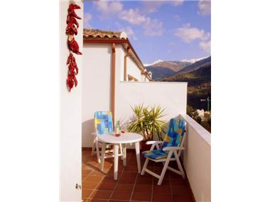 Apartment       for sale in Guejar-Sierra