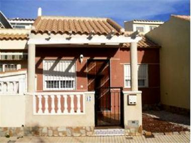 Townhouse for sale in Pilar de la Horadada