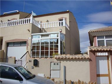 Semi-detached for sale in Benijofar