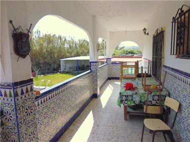 Villa for sale in Jimena de la Frontera