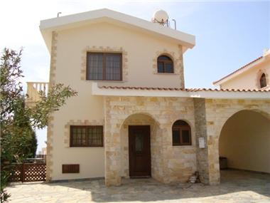 Detached House for sale in Peyia