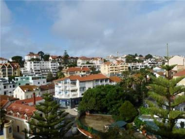 Apartment       for sale in Cascais
