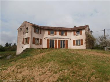 House for sale in Ruffec