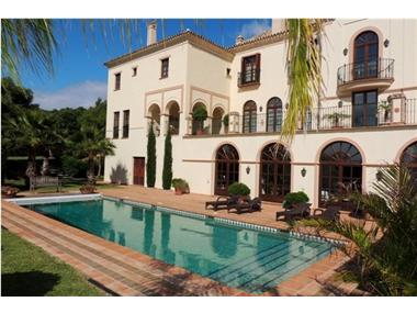 Villa for sale in Sotogrande