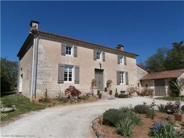 House for sale in Verteuil-sur-Charente