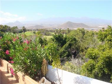 Villa for sale in Golf del Sur