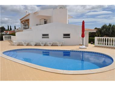 Villa for sale in Portimao