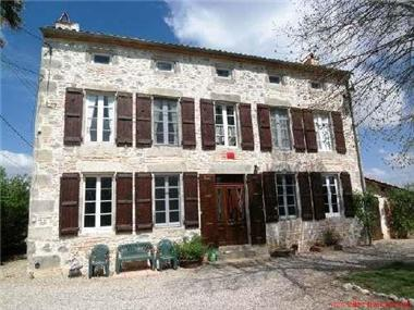 Manor House for sale in Agen