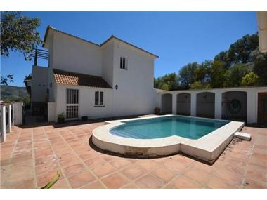 Villa for sale in San Pedro de Merida