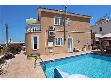House for sale in Xylofagou
