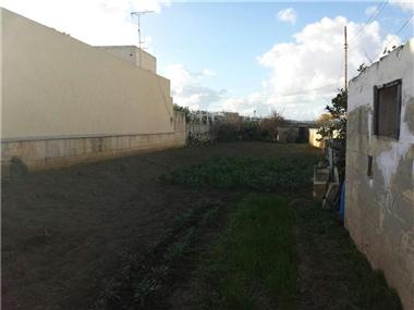 Land for sale in Zebbug