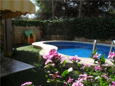 Villa for sale in l'Alfas del Pi