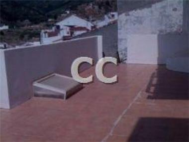 Townhouse for sale in Yunquera