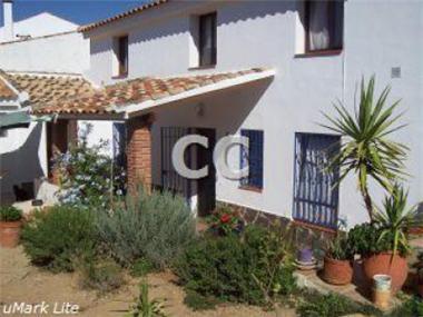Villa for sale in Alhama de Granada