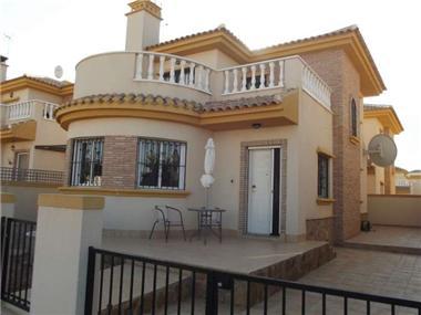 Villa - Detached for sale in Roldan