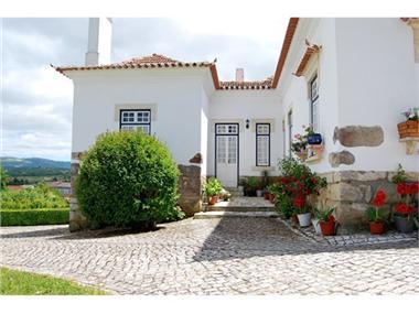 Villa for sale in Alcobaca