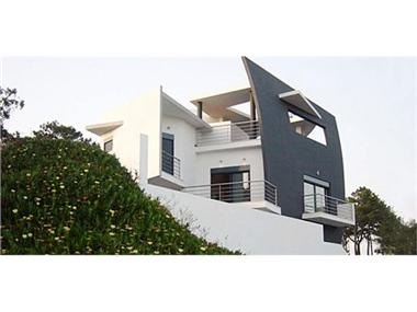 Villa for sale in Nazare