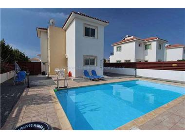 House for sale in Ayia Thekla