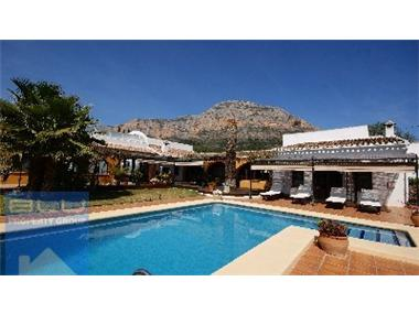 Country House for sale in Javea
