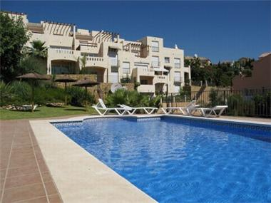 Apartment for sale in Benahavis