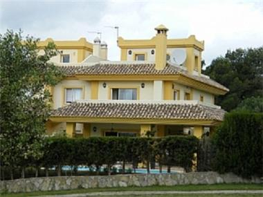 Terraced House for sale in San Roque