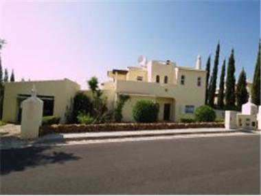 Villa for sale in Vilamoura