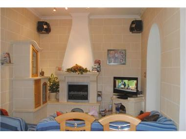 Flat/apartment for sale in Pembroke