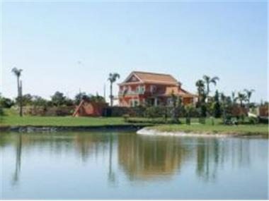 Villa for sale in Olhao