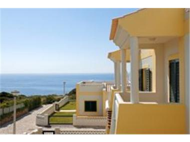 Townhouse for sale in Carvoeiro