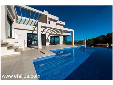 Villa for sale in La Manga del Mar Menor