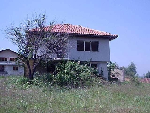 House/Villa for sale in Dolni Chiflik