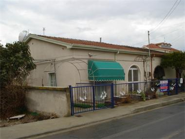 Semi House for sale in Ayios Pavlos