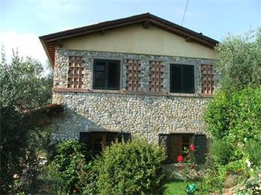 Villa for sale in Massarosa