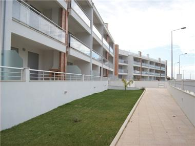 Flat/apartment for sale in Sao Martinho de Arnelas