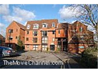 Apartment for sale in Farnham