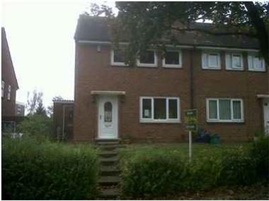 House for sale in Farnham