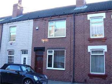 House for sale in Castleford