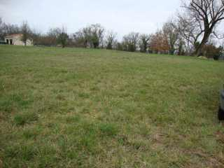 Land/Ruins for sale in Montguyon