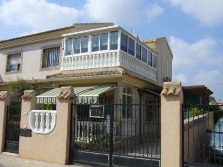 Townhouse for sale in Playa Flamenca