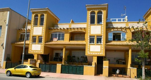 Apartment/Flat for sale in Daya Nueva