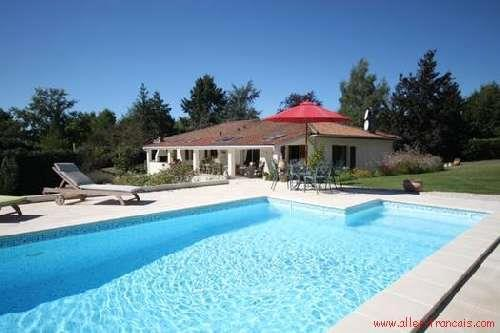 Bungalow for sale in Vouzan