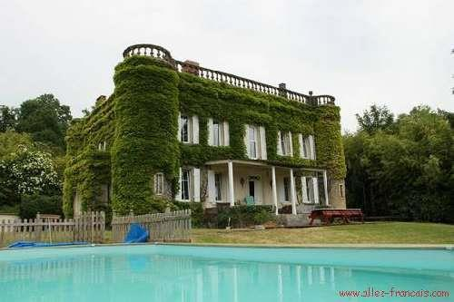 Castle for sale in Coulonges-sur-l'Autize