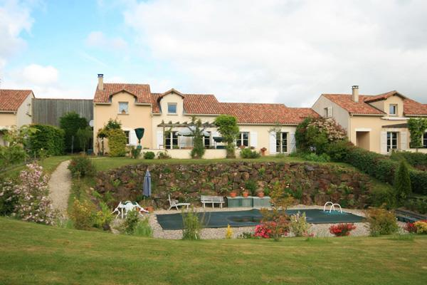 House/Villa for sale in Montbron