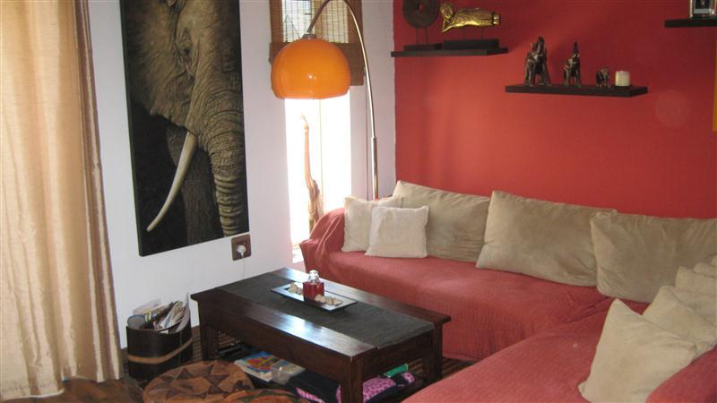 Apartment/Flat for sale in Salina