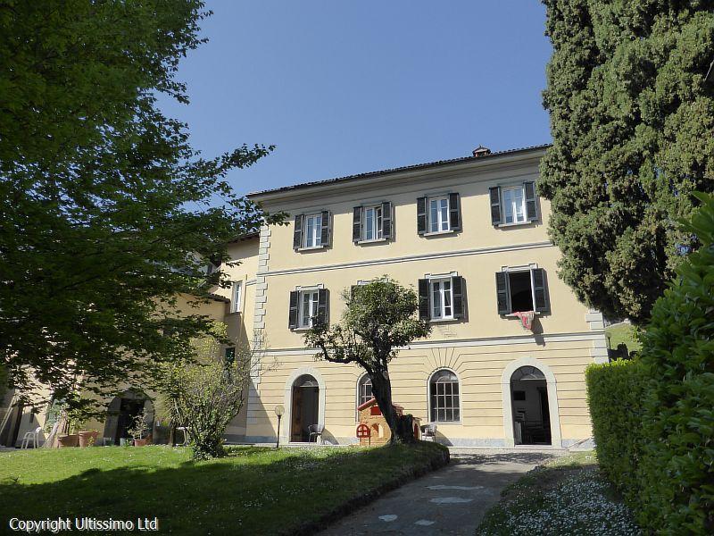 House/Villa for sale in Loveno