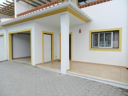 House/Villa for sale in Burgau