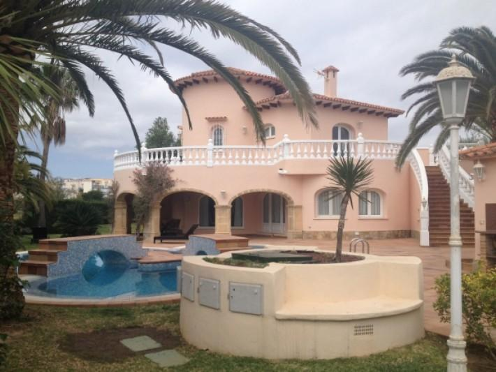 House/Villa for sale in Oliva