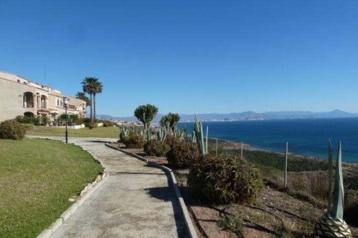 Bungalow for sale in Alicante