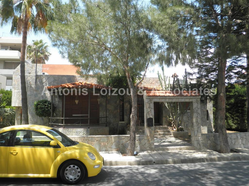 Detached for sale in Ayglantzia
